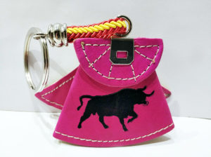Llavero capote y toro